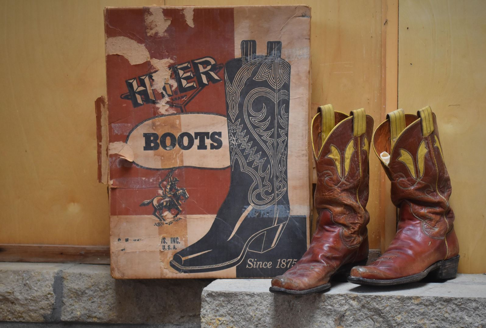 hyer boots box and cowboy boots