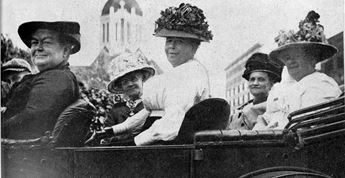 Suffragists, Topeka, Kansas, c. 1912. Photo courtesy of KansasMemory.org, Kansas Historical Society