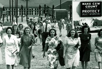 Historical photo of the girls of atomic city at Oakridge in Tennessee