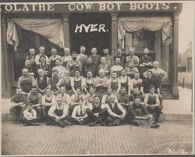 workers in front of Hyer Boots in Olathe